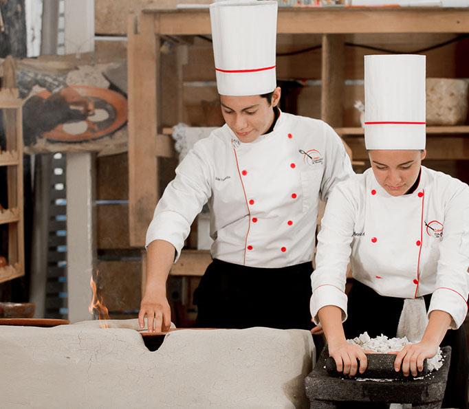 Colegio culinario 2 octubre-2559-crop-u30879