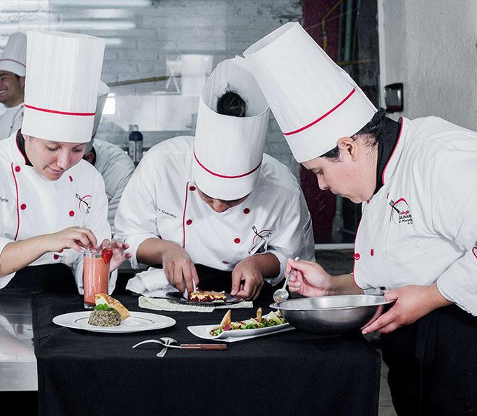 Colegio culinario-6839-crop-u30699