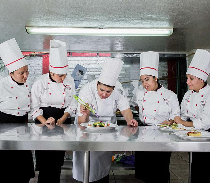 Colegio culinario-6995-crop-u31319